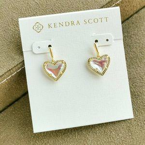KENDRA SCOTT Ari Heart Gold Drop Earrings in Dichroic Glass